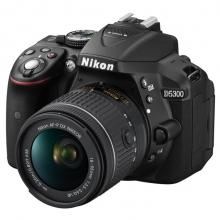 尼康(Nikon) D5300 单反套机(AF-P DX 尼克尔 18-55mm f/3.5-5.6G VR)黑色